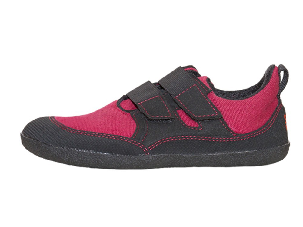 Puck Red/Black Unisexschuh Gr. 30-35